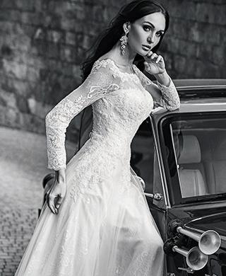 Bolero und Brautjacken als ein stilvolles Hochzeits Accessoire für dein Brautkleider online Look von IMPOORIA.